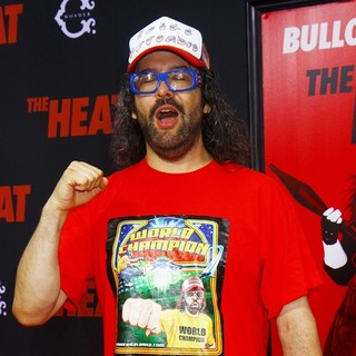 Judah Friedlander in New York Premiere of The Heat - Red Carpet Arrivals - judah-friedlander-premiere-the-heat-02