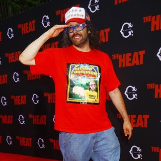 Judah Friedlander in New York Premiere of The Heat - Red Carpet Arrivals - judah-friedlander-premiere-the-heat-03