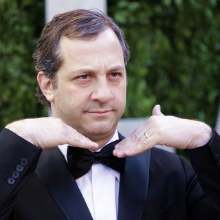 Judd Apatow in 2013 Vanity Fair Oscar Party - Arrivals - judd-apatow-2013-vanity-fair-oscar-party-02