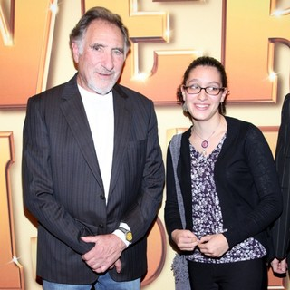 Judd Hirsch in World Premiere of Tower Heist - Arrivals - judd-hirsch-premiere-tower-heist-01