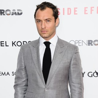 Jude Law in New York Premiere of Side Effects