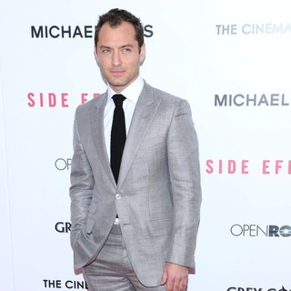 New York Premiere of Side Effects - jude-law-premiere-side-effects-06