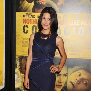 Julia Jones in New York Premiere of Contagion - Arrivals