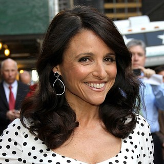 Julia Louis-Dreyfus in Celebrities Arrive at The Ed Sullivan Theater for The Late Show with David Letterman