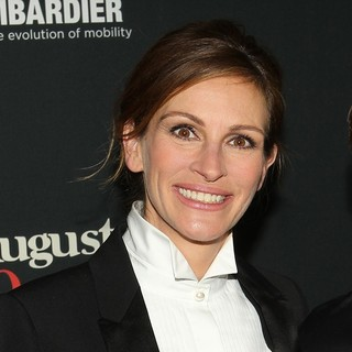 Julia Roberts in The Weinstein Company Presents The LA Premiere of August: Osage County