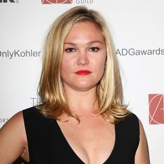 Julia Stiles in 18th Annual Art Directors Guild Excellence in Production Design Awards