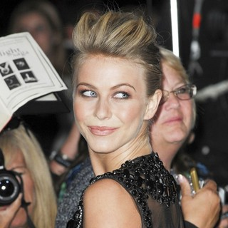 Julianne Hough in The Premiere of The Twilight Saga's Breaking Dawn Part II