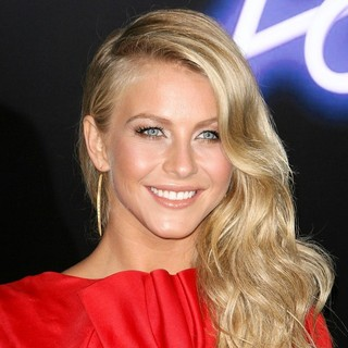 Julianne Hough - Los Angeles Premiere of Footloose