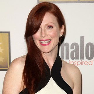 Julianne Moore in 2012 Critics' Choice TV Awards - Arrivals