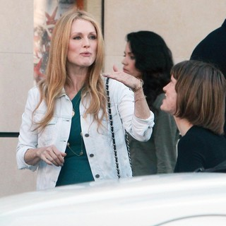 Julianne Moore in On Set of David Cronenberg's Film Maps to the Stars