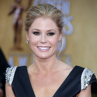 Julie Bowen in 19th Annual Screen Actors Guild Awards - Arrivals
