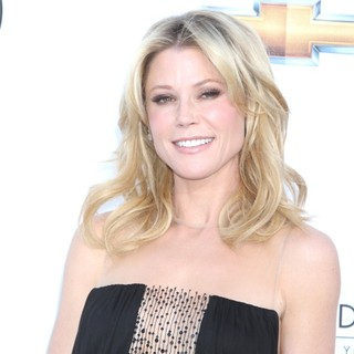 Julie Bowen in 2012 Billboard Music Awards - Arrivals