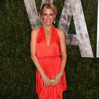 Julie Bowen in 2012 Vanity Fair Oscar Party - Arrivals