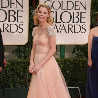 Julie Bowen in The 69th Annual Golden Globe Awards - Arrivals