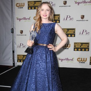 Julie Delpy in The 19th Annual Critics' Choice Awards - Press Room