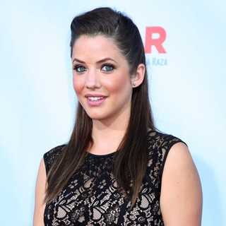 Julie Gonzalo in 2012 NCLR ALMA Awards - Arrivals