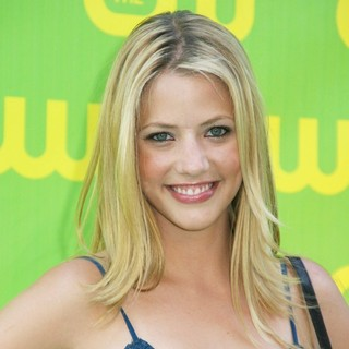 Julie Gonzalo in The CW Launch Party