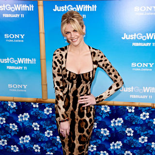 Brooklyn Decker in Premiere of 'Just Go with It' - Arrivals