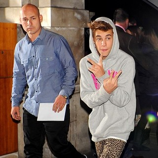 Justin Bieber Returns to His London Hotel After Performing Earlier at Capital FM Arena Nottingham