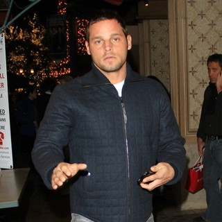 Justin Chambers in Justin Chambers Christmas Shopping in Hollywood