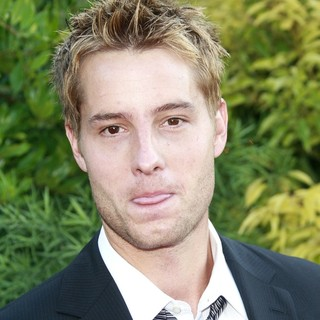 Justin Hartley in The 2009 Saturn Awards