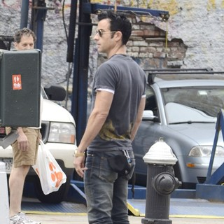 Justin Theroux in Justin Theroux Strolling in Soho