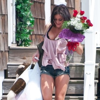 JWoww in The Jersey Shore Cast Move Out of Their Home