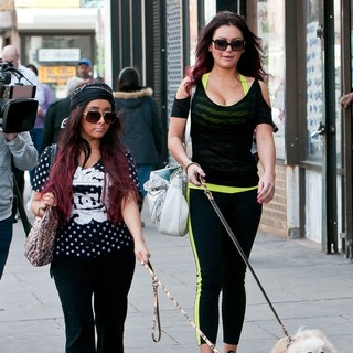 Snooki and JWoww Stroll Around Jersey City with Their Dogs While Filming Their Reality Show