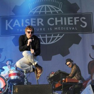 Kaiser Chiefs in The 2011 Glastonbury Music Festival - Day 3 - Performances
