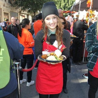 Kaitlyn Dever in The LA Mission's Annual Thanksgiving for The Homeless