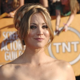 Kaley Cuoco in The 18th Annual Screen Actors Guild Awards - Arrivals