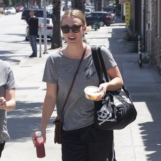 Kaley Cuoco Leaving Hot Yoga Class