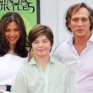 Kymberly Kalil, William Fichtner in Los Angeles Premiere of Teenage Mutant Ninja Turtles - Arrivals