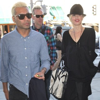 Tony Kanal, Gwen Stefani, No Doubt in Tony Kanal and Gwen Stefani Leaving Lunch at Porta Via