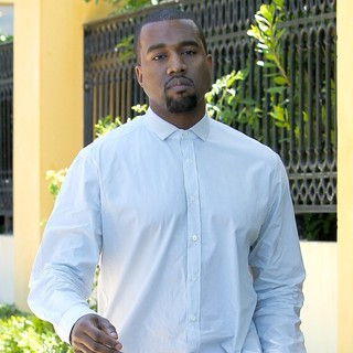 Kanye West in Kanye West Goes to Calabasas Baby Boutique