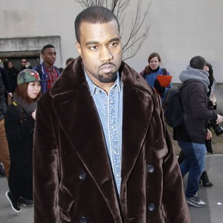 Kanye West in Paris Fashion Week - Autumn-Winter 2013 - Celine - Arrivals - kanye-west-paris-fashion-week-autumn-winter-2013-02