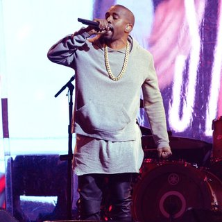 Kanye West - World AIDS Day 2014 Concert