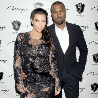 Kanye West in 1 Oak Nightclub New Year's Eve Party - kardashian-west-1-oak-nightclub-02