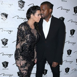 Kanye West in 1 Oak Nightclub New Year's Eve Party - kardashian-west-1-oak-nightclub-05