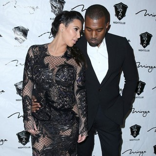 Kanye West in 1 Oak Nightclub New Year's Eve Party - kardashian-west-1-oak-nightclub-08