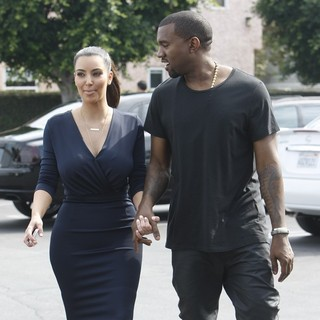 Kim Kardashian, Kanye West in Kim Kardashian and Kanye West Head Out to Lunch
