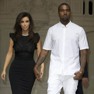 Kanye West in Paris Fashion Week Fall-Winter 2013 - Valentino - Departures - kardashian-west-paris-fashion-week-fall-winter-2013-05