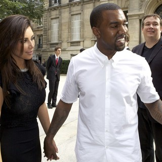 Kanye West in Paris Fashion Week Fall-Winter 2013 - Valentino - Departures - kardashian-west-paris-fashion-week-fall-winter-2013-07