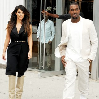 Kanye West - Kim Kardashian and Kanye West Go Shopping Together in Soho