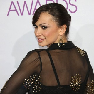 Karina Smirnoff in People's Choice Awards 2013 - Red Carpet Arrivals