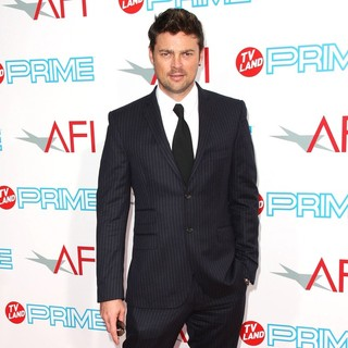 Karl Urban in AFI Lifetime Achievement Award: A Tribute to Michael Douglas - Arrivals