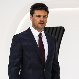 Karl Urban in U.K. Premiere of Star Trek Into Darkness - Arrivals