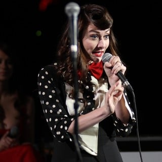 Amy Heidemann, Karmin in 102.7 KIIS FM's Jingle Ball 2011 - Show