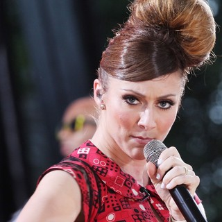 Karmin Perform Live as Part of Good Morning America's Summer Concert Series - karmin-gma-summer-concert-series-15