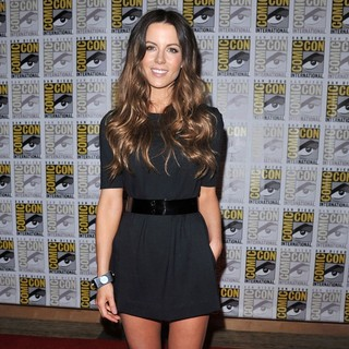 Kate Beckinsale in 2011 Comic Con Convention - Day 2 - The Sony Press Conference